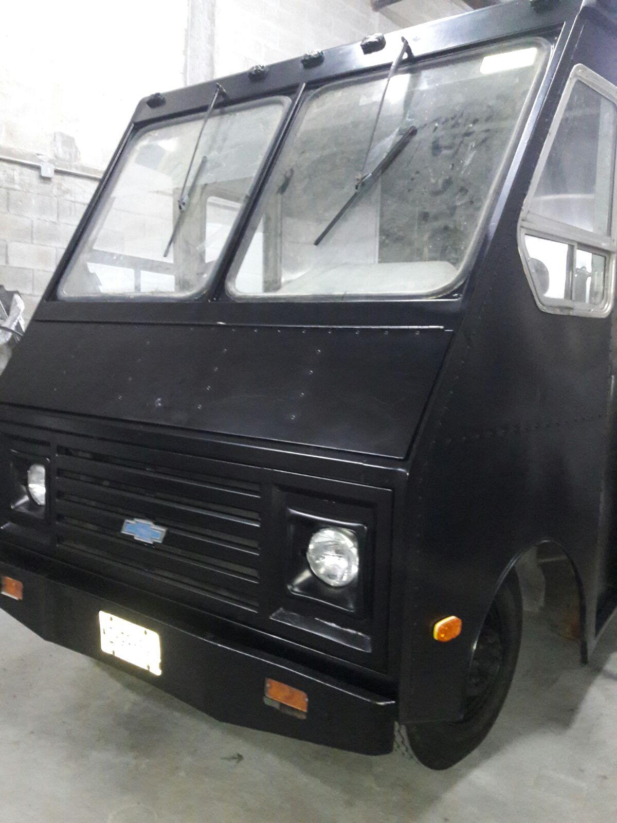 Black Food Truck Foodtruckrental Com